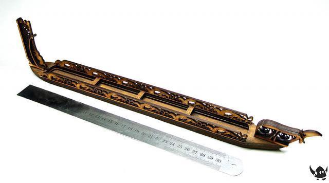 28mm Waka canoe