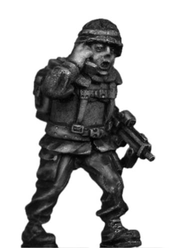 German Bundeswehr radio man with MP7